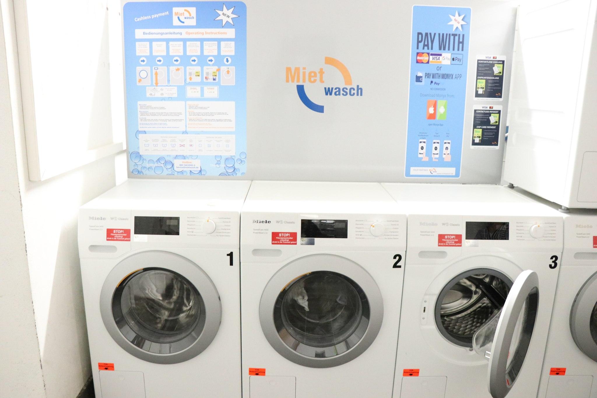 Foto: einbruchsichere Waschmaschinen im Wohnheim