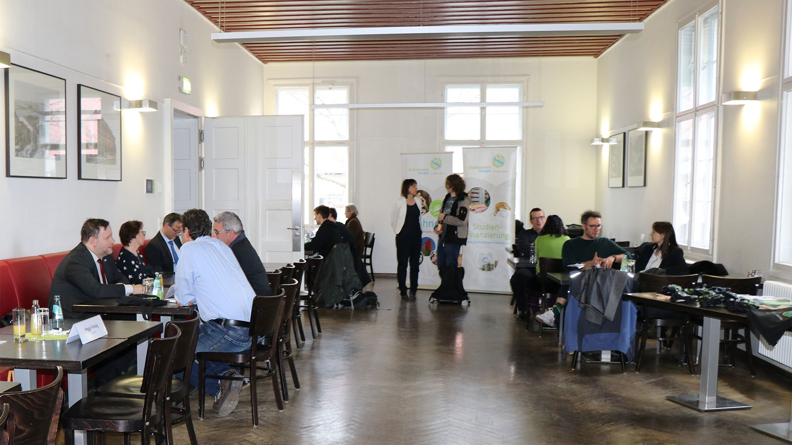 Foto vom Speed-Dating in der Alten Mensa